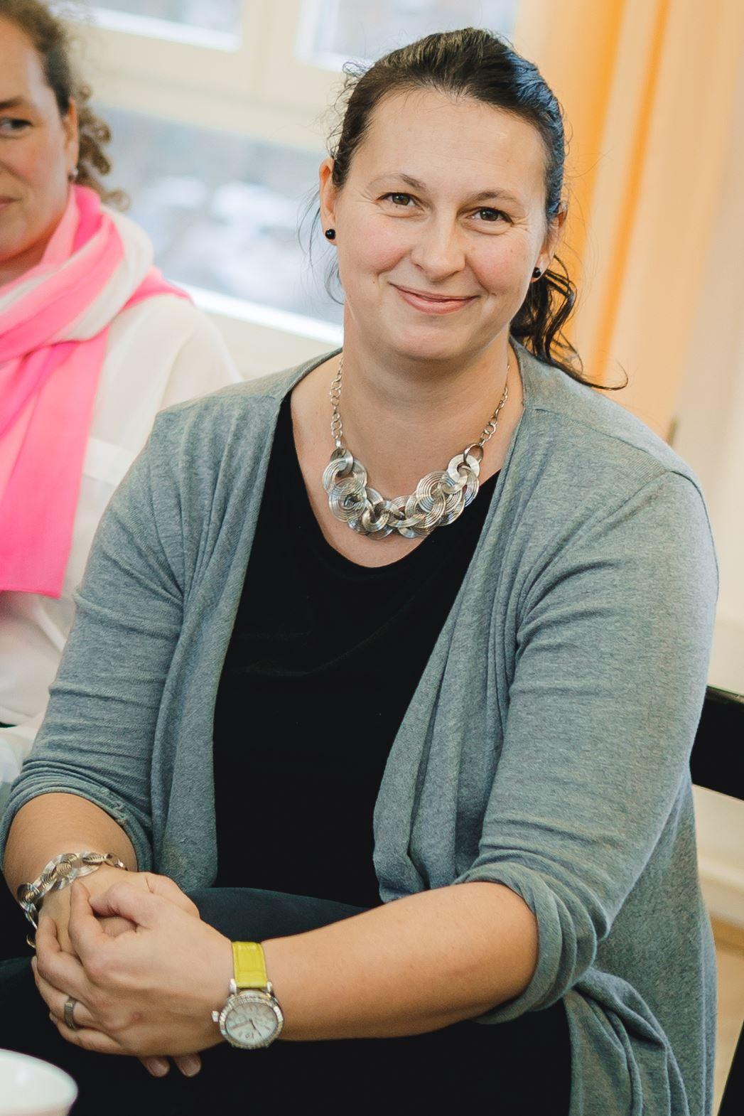 Manu Stößer organisiert Klamottenpartys für Dich und Deine Kinder und sie ist eine Mompreneur in Dresden.